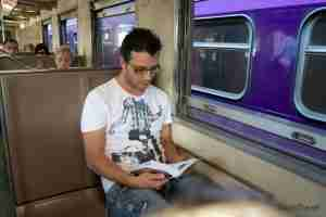 tren con destino a Ayutayya