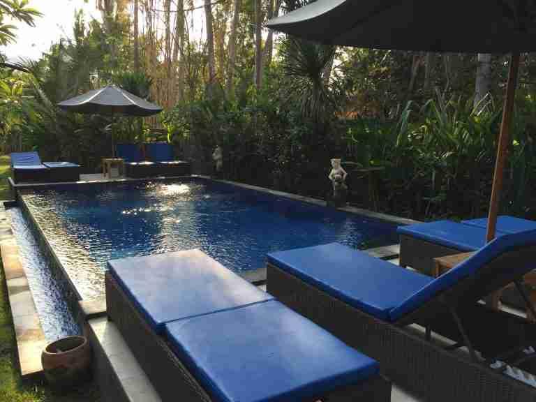 la piscina de nuestro hotel