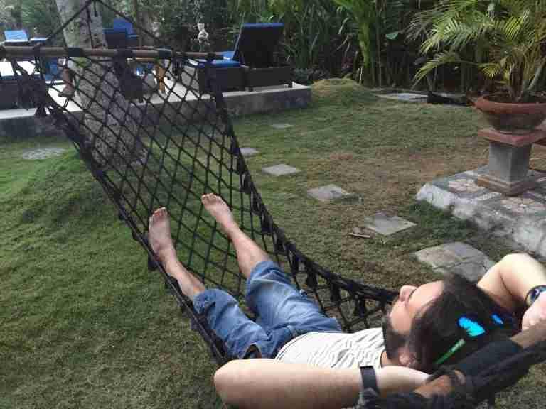 kike modo relax en la hamaca